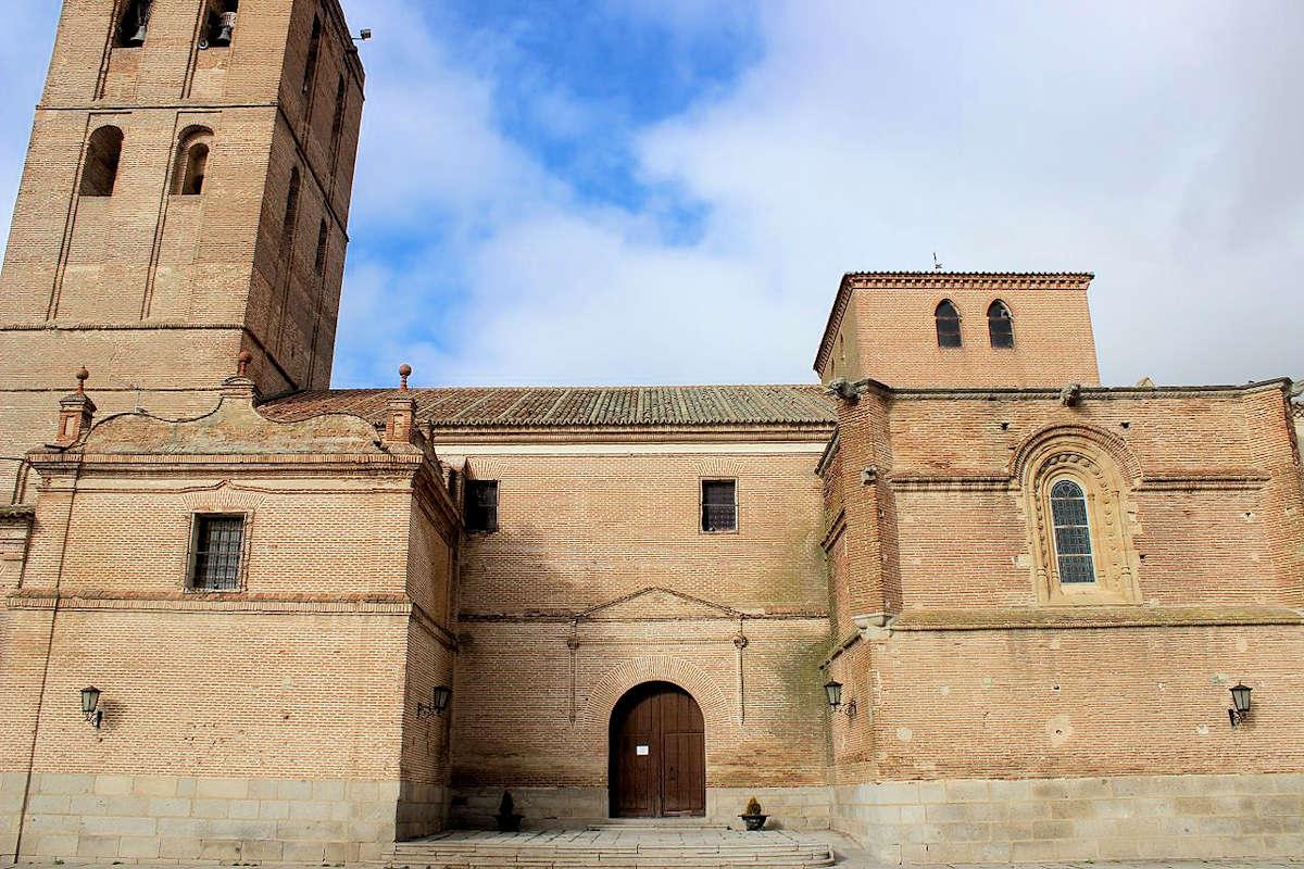 Iglesia-de-San-Nicolás-de-Bari-Madrigal-de-las-Altas-Torrres
