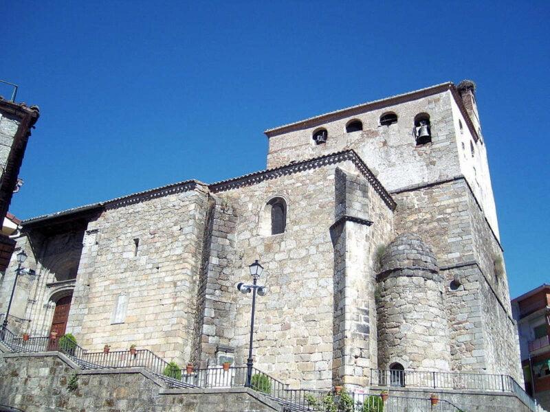 Iglesia parroquial de San Juan Bautista en Mombeltrán
