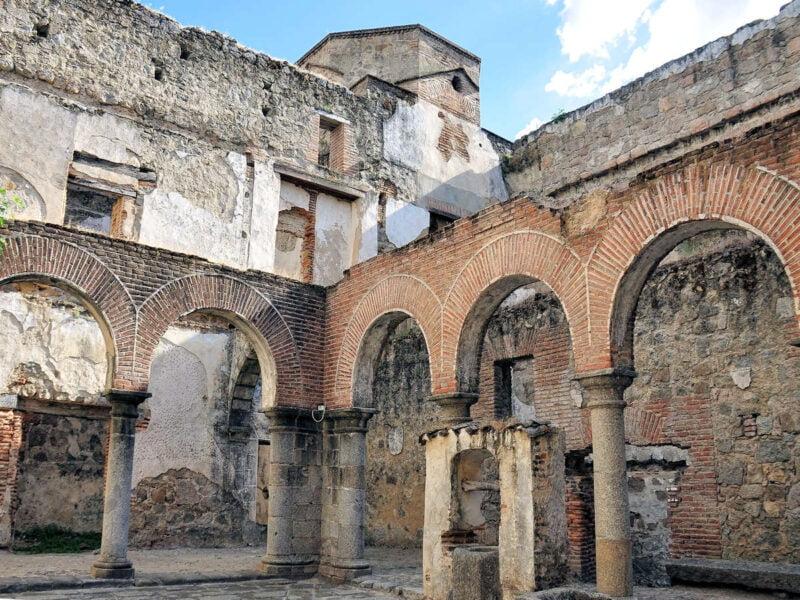 Interior del Castillo de Mombeltrán