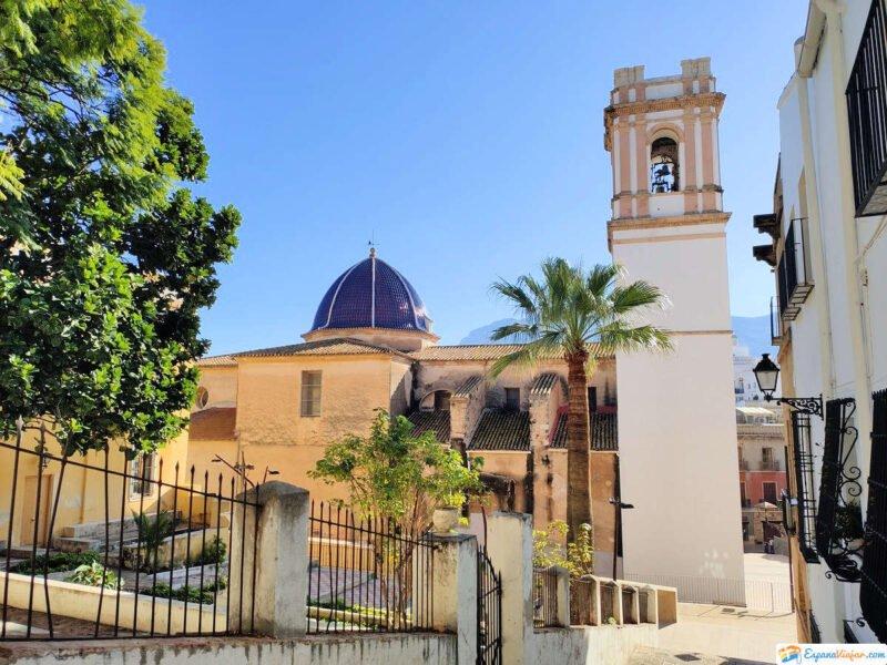 Lateral de la iglesia de la Asunción