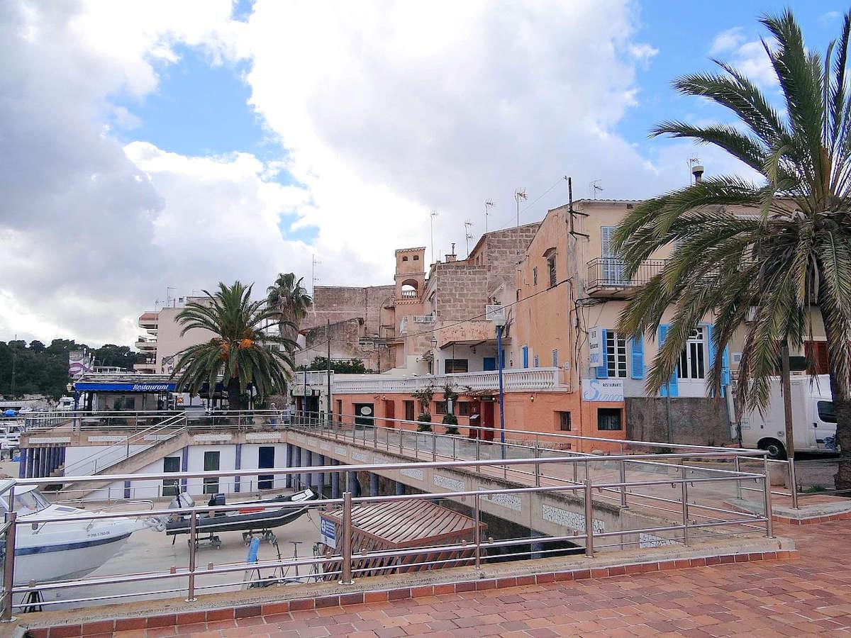Torre-des-Falcons-Porto-Cristo-Mallorca