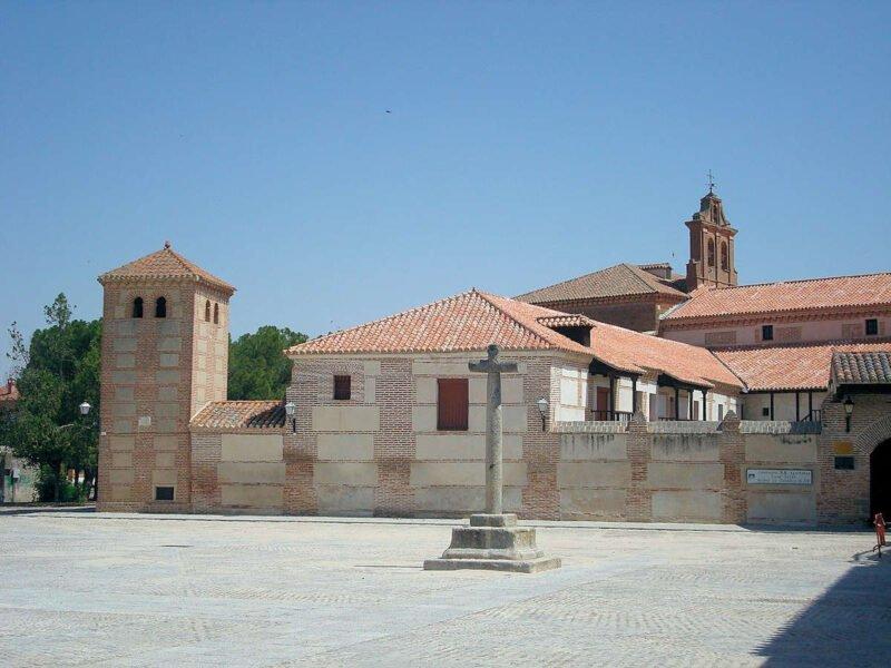 Visita Madrigal de las Altas Torres