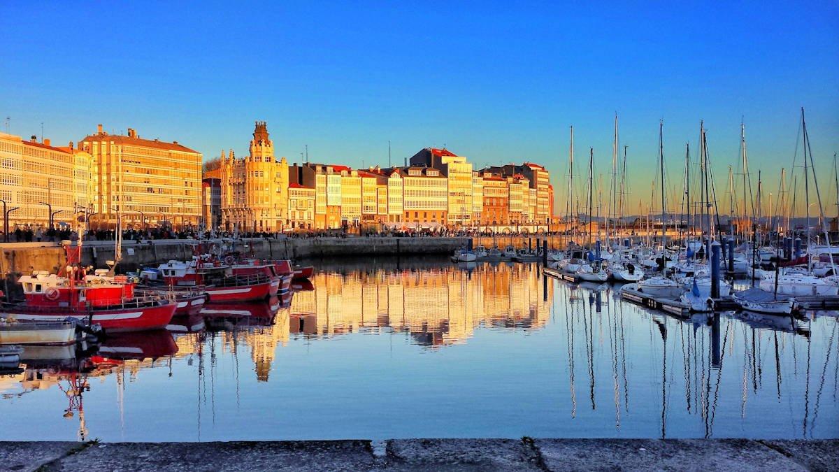 Qué ver en la ciudad A Coruña. Los 12 mejores lugares a visitar