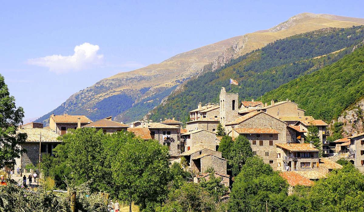 pueblos-mas-bonitos-de-barcelona-castellar-de-n'hung