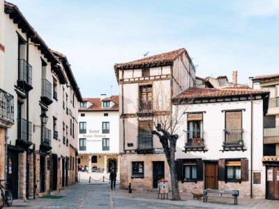 COVARRUBIAS-Pueblos más bonitos de Burgos