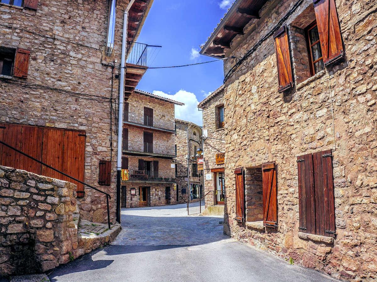 casco-histórico-castellar-de-n'hung-barcelona