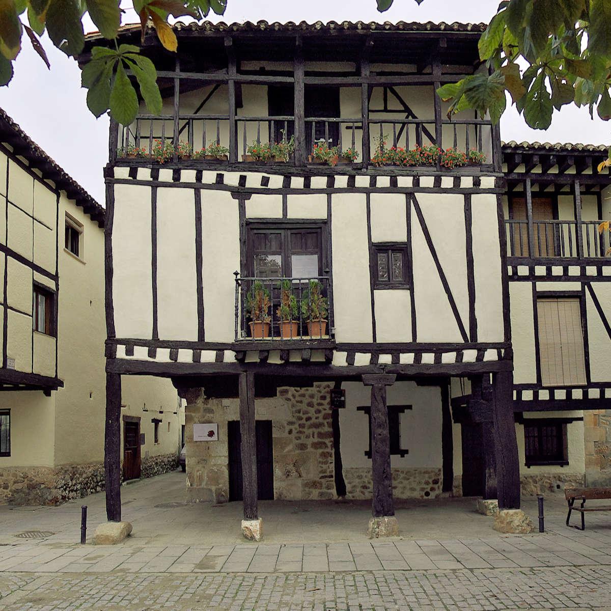 Casa-de-Doña-Sancha-de-Covarrubias-Burgos