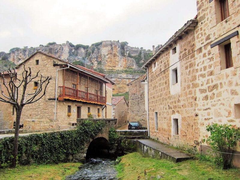 Casas en orbaneja del Castillo