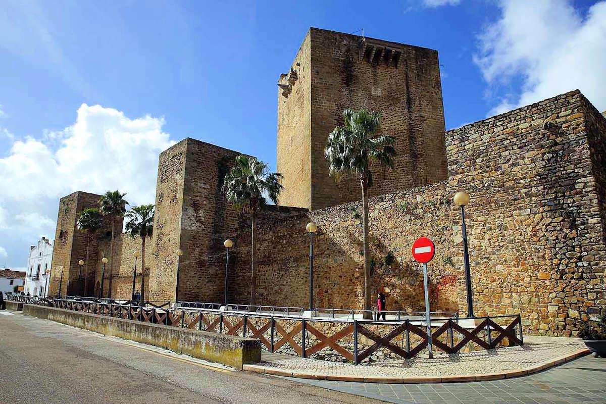 castillo-de-olivenza-badajoz
