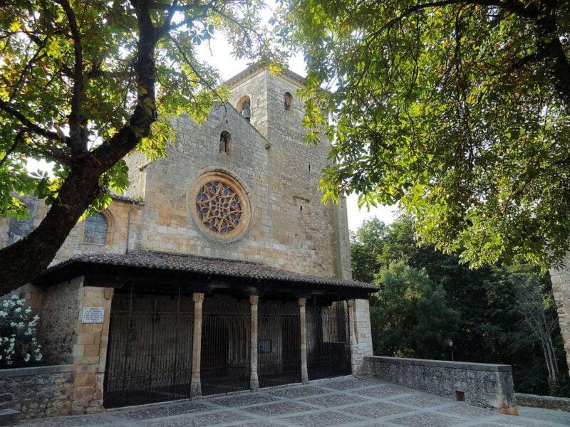 Colegiata de San Cosme y San Damián