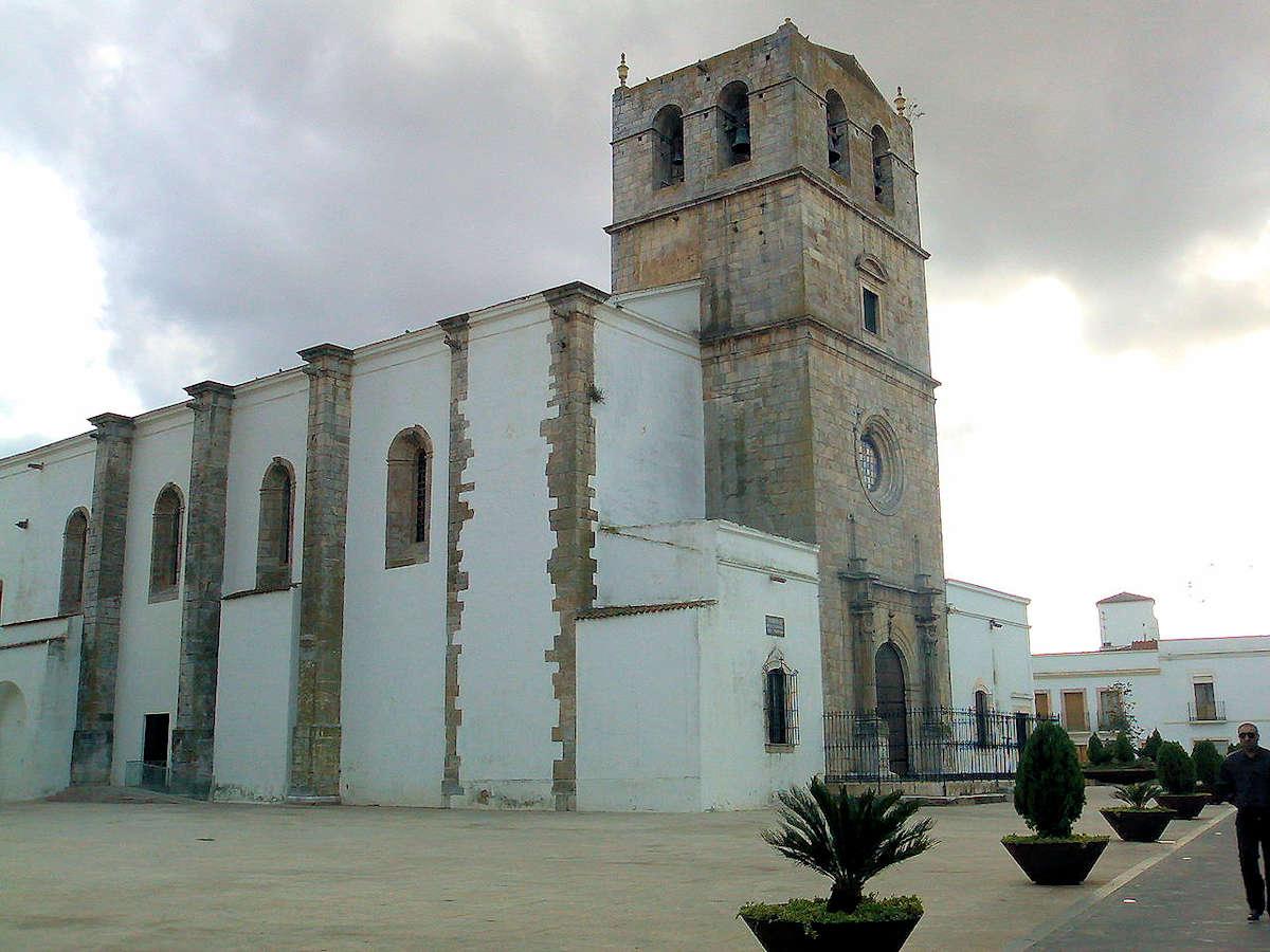 Iglesia-Santa-María-del-Castillo-Olivenza.