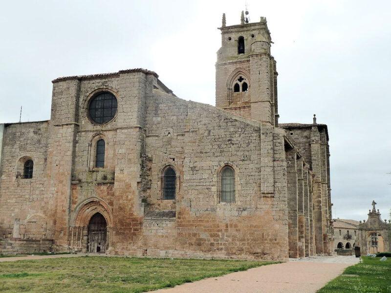 Iglesia de Santa María la Real de Sasamón