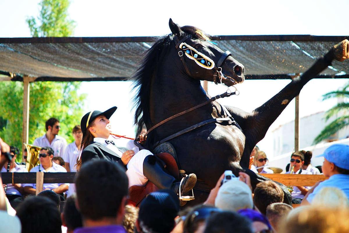festividades-pueblos-de-menorca