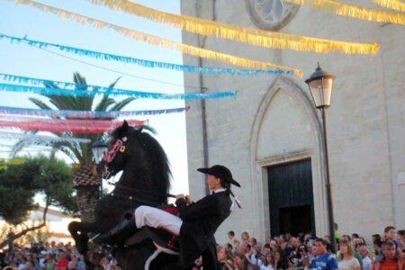 LLUCMAÇANES-Pueblos más bonitos de Menorca