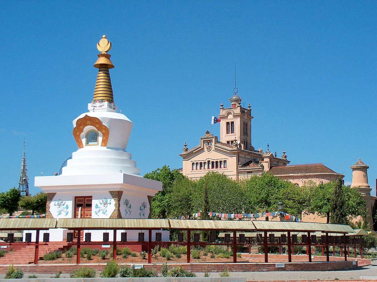 Monasterio-Budista-Palau-Novella-Parque-del-Garraf
