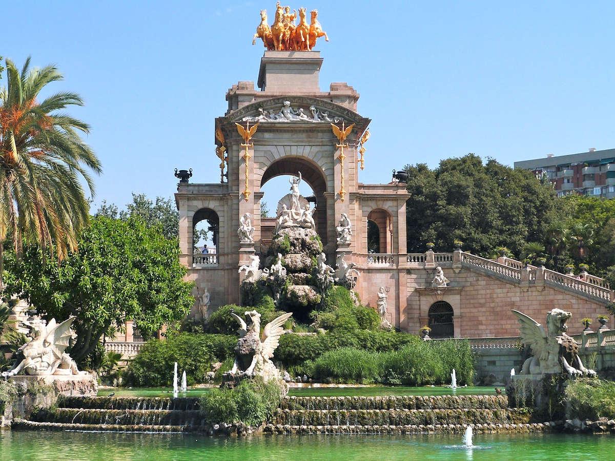 BARCELONA » Qué ver y hacer. 24 lugares imprescindibles