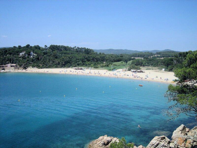 Playa Es Castell Girona