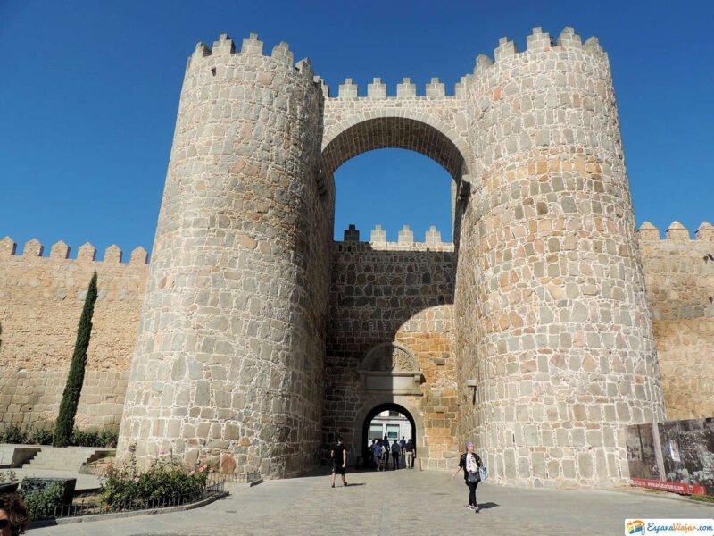 Puerta San Vicente