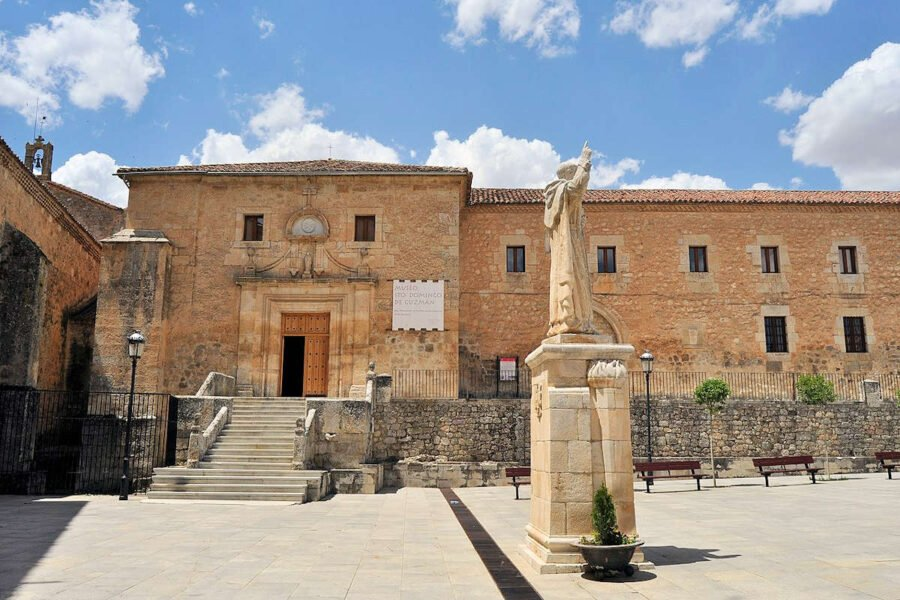 Visita Caleruega en Burgos