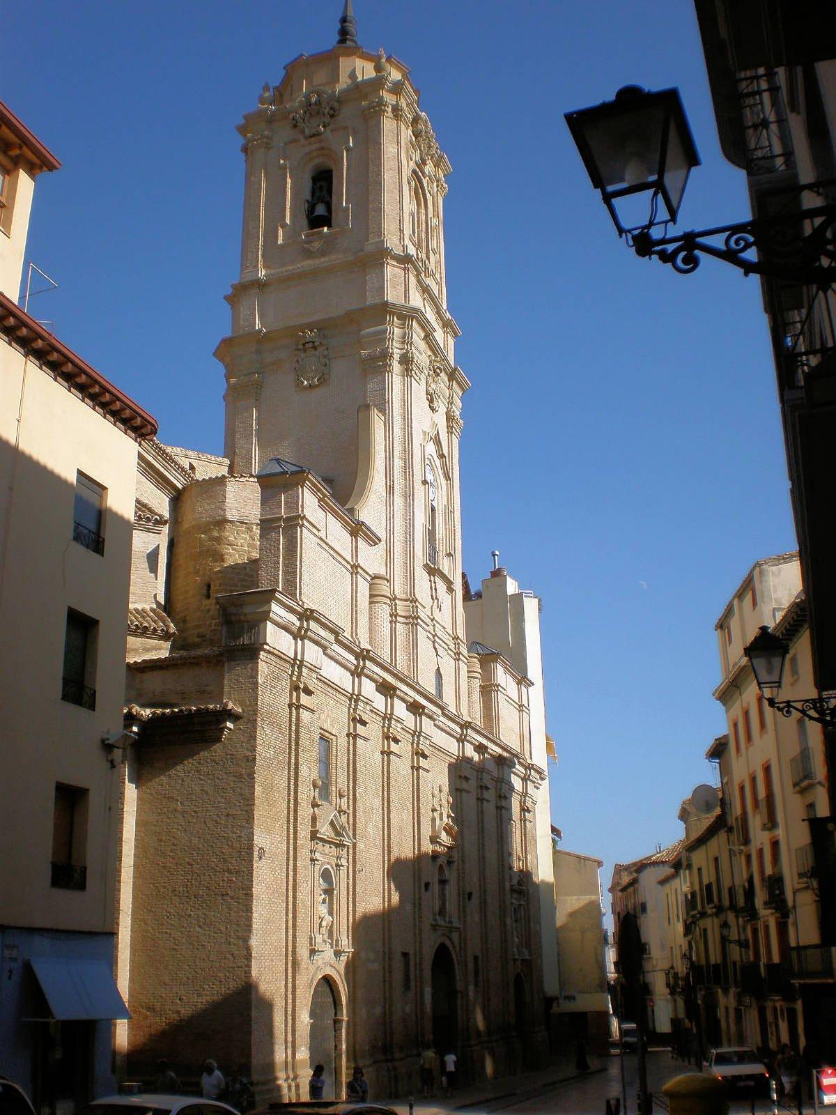 HUESCA » Qué ver y hacer. 10 lugares imprescindibles
