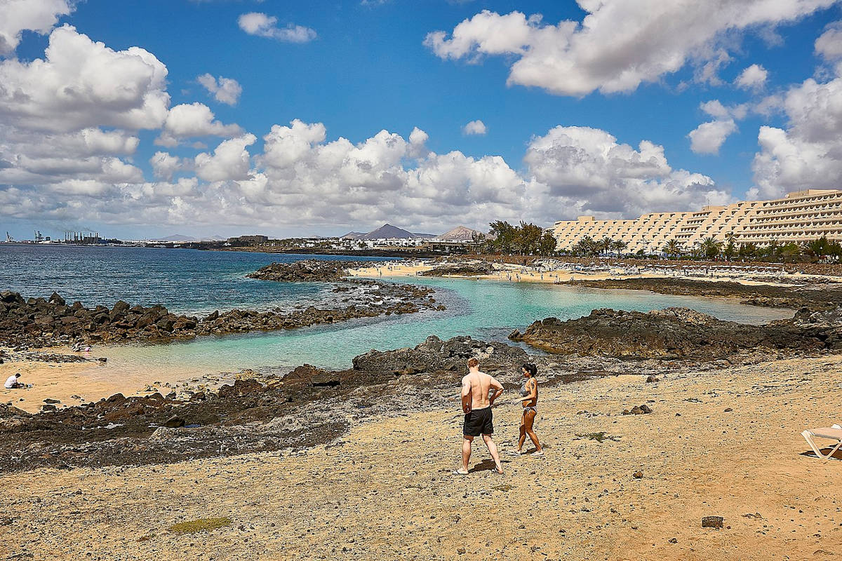 Playa-del-Jablillo-Costa-Teguise-Lanzarote