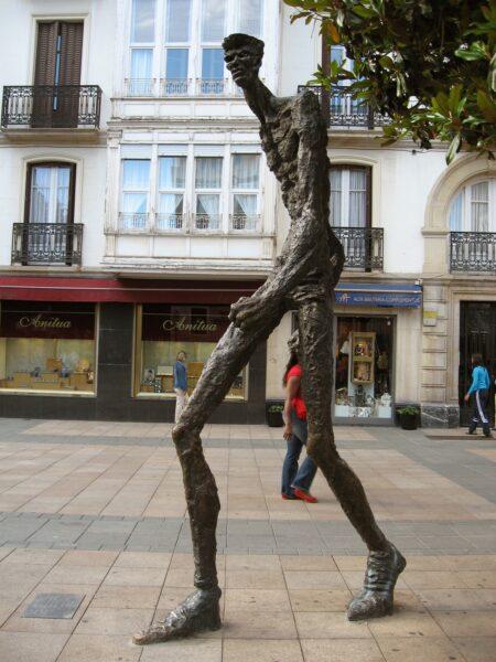 Estatua del Caminante Vitoria