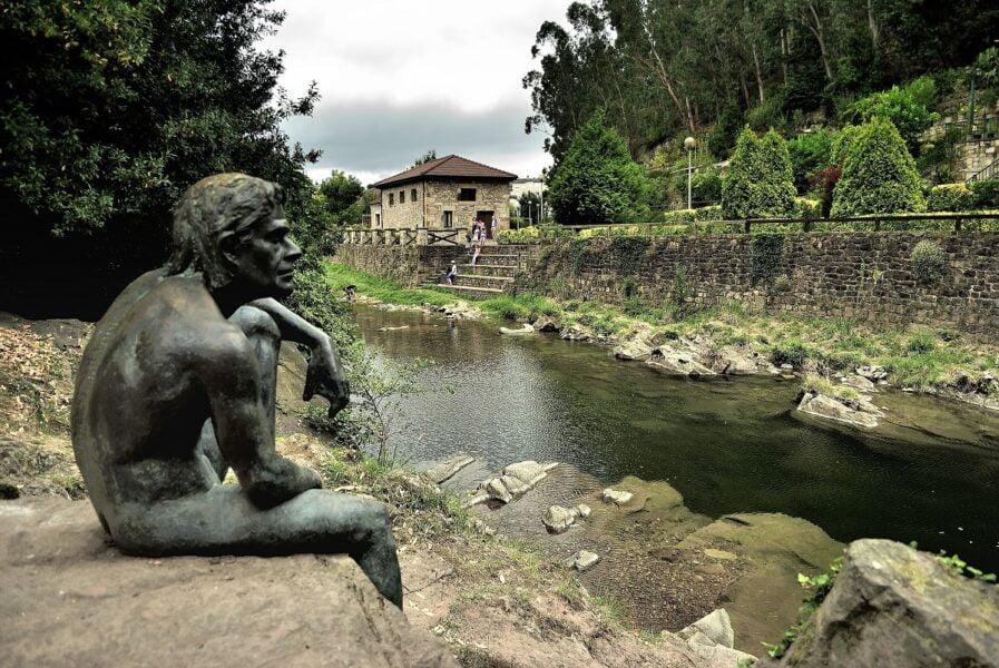 Escultura Hombre Pez. Liéganes