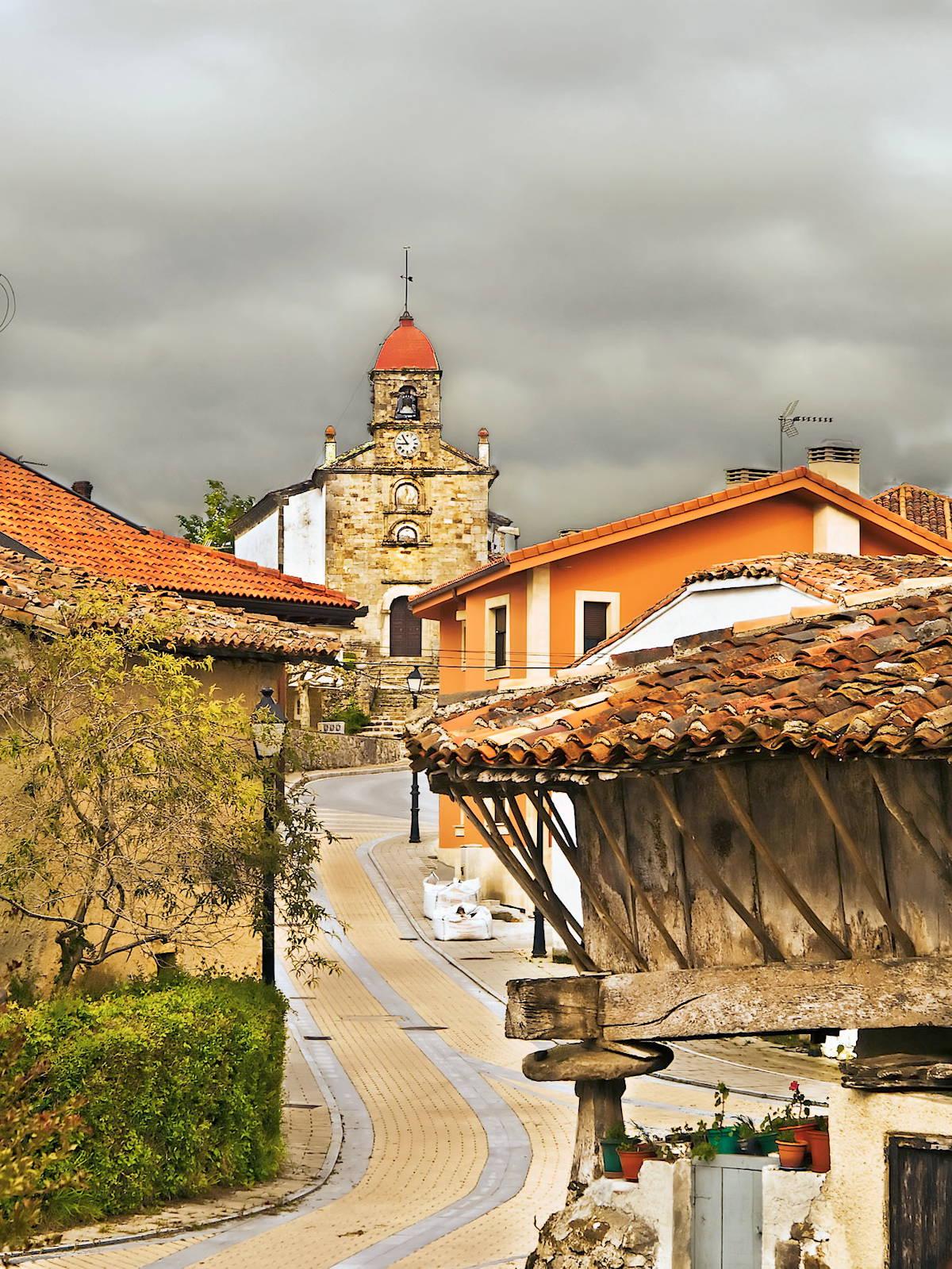 Iglesia-de-San-Martín-el-Real-Torazo