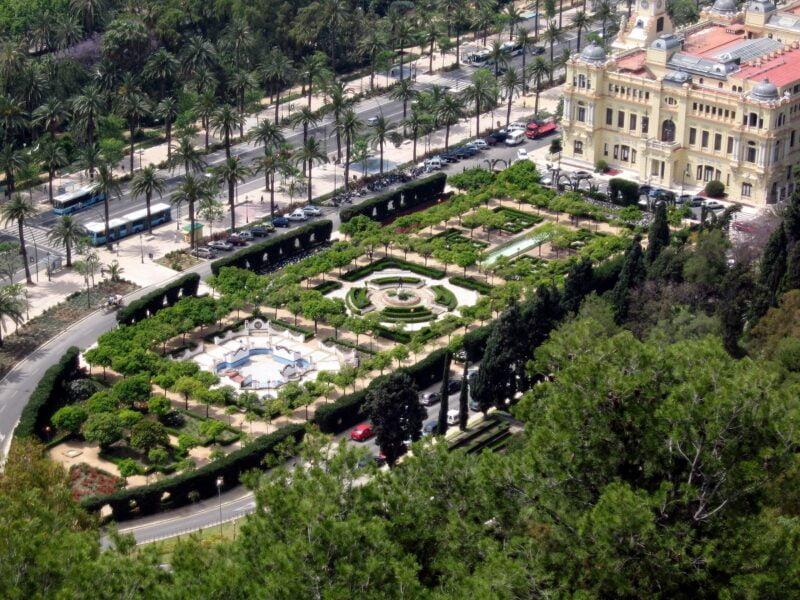 Jardines de Pedro Luis Alfonso.Mál