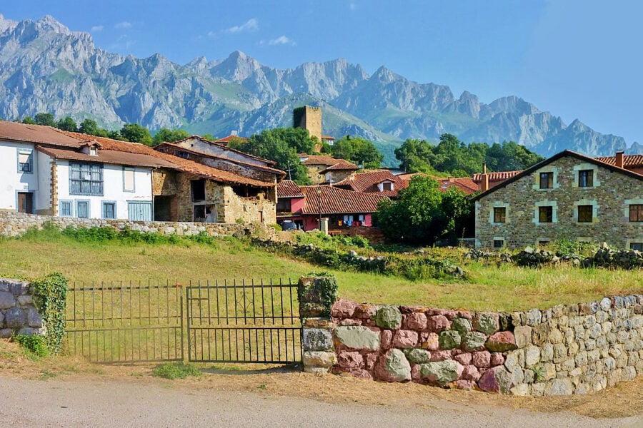 Mogrovejo en Cantabria