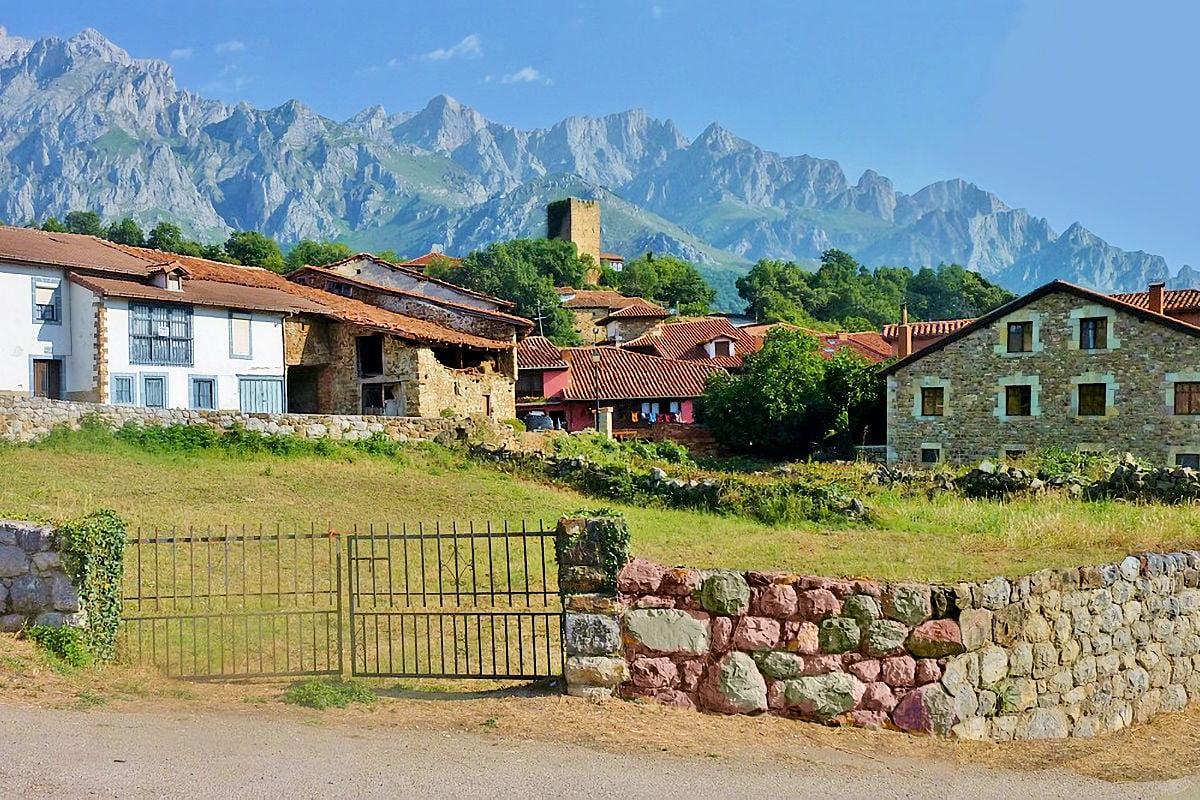 visitar pueblos-de-cantabria-mogrovejo
