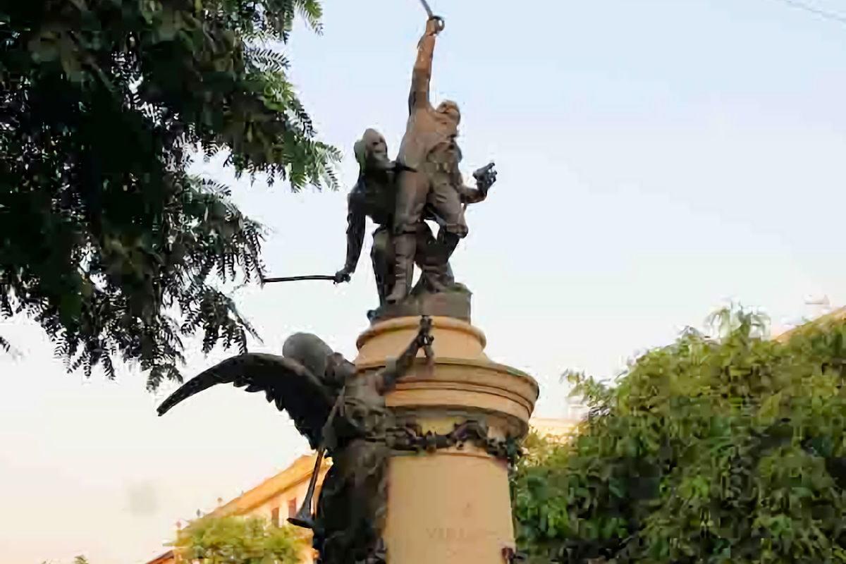 IBIZA » Qué ver y hacer. 13 lugares imprescindibles