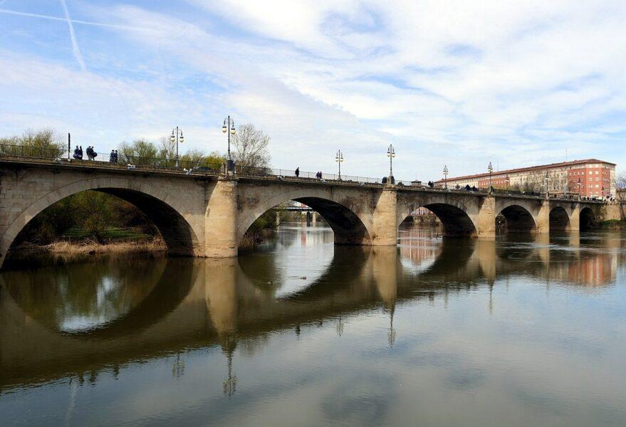 Puente de piedra Logroño