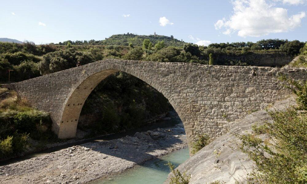 Puente medieval Roda de Isábena Huesca