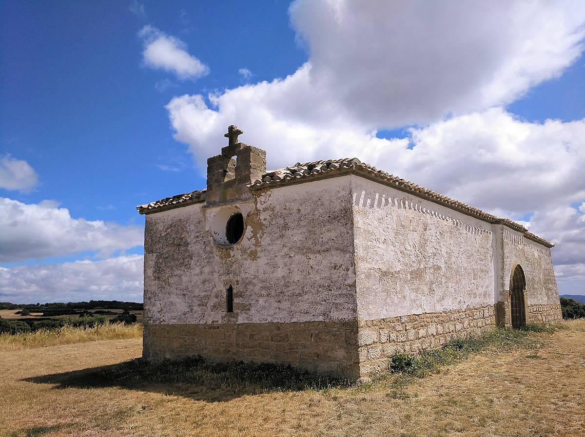 Patio-de-Armas-del-Castillazo-Ujué