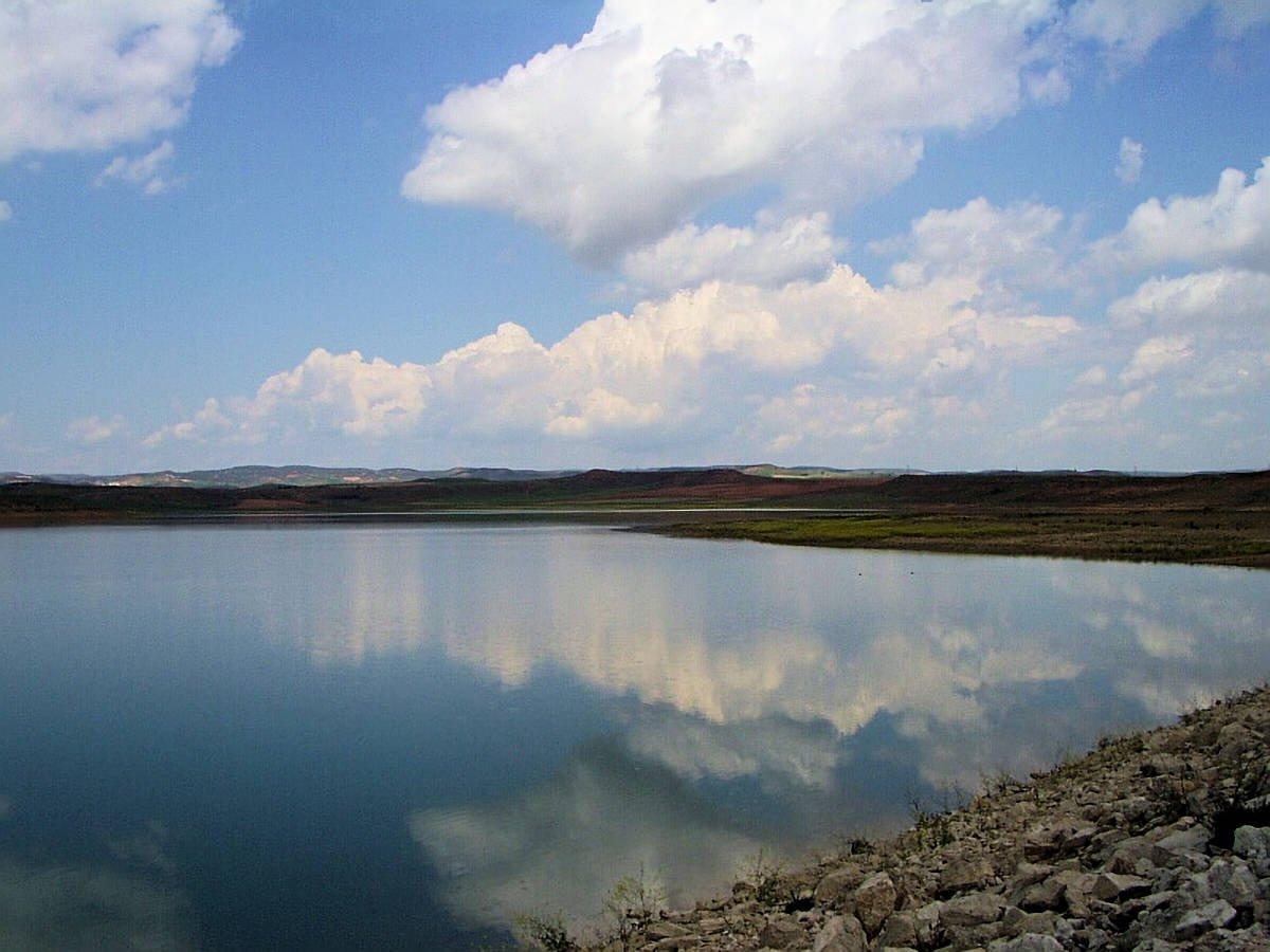 Embalse-el-Pantano-Monteagudo-de-las-Vicarías