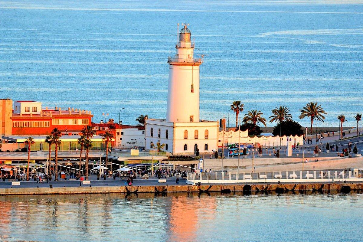 faro-málaga-playa