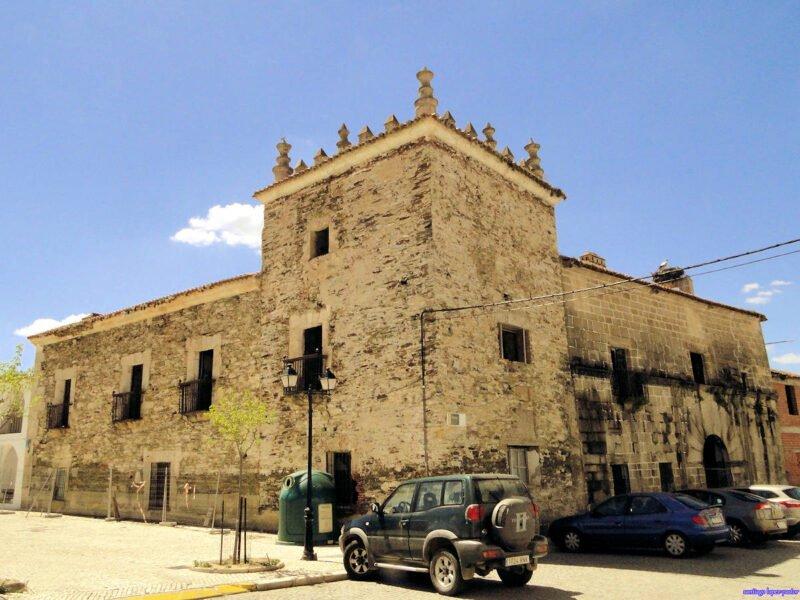 Plaza de la Corredera en Alcántara