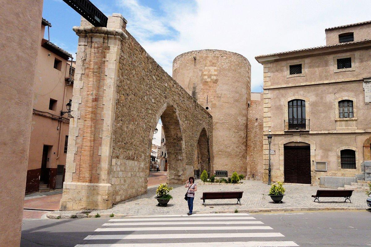 Segorbe-Torre del Botxí-Muralla-Acueducto