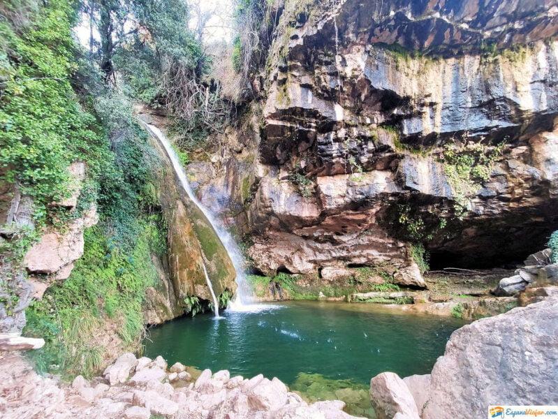 Cascada del Río CarbO en Villahermosa del Río