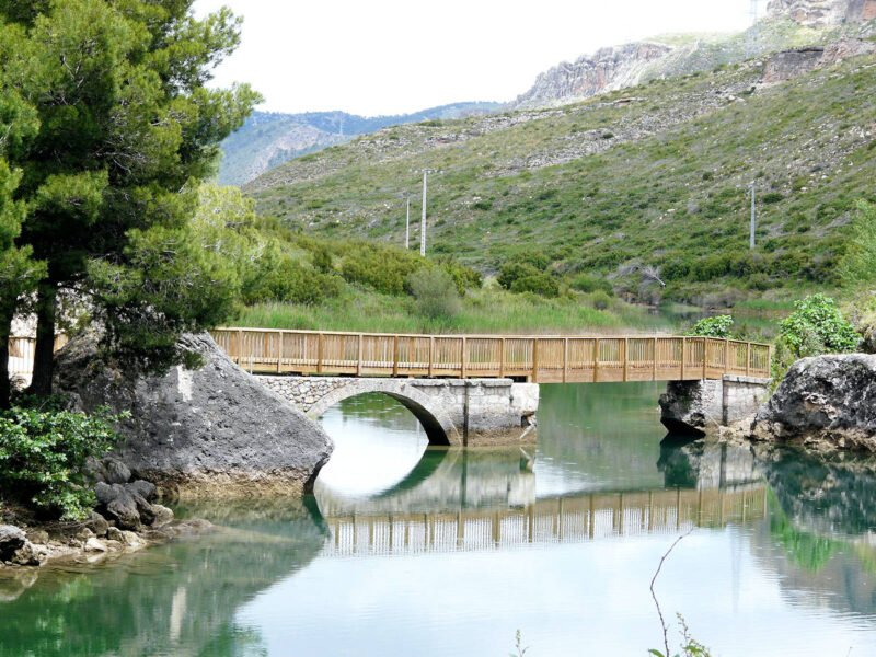 Embalse de Bolarque en Cuenca