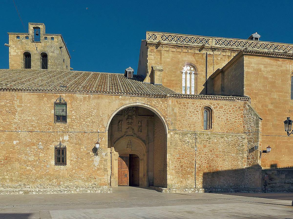 Iglesia-Parroquial-de-Santiago-Apóstol-San-Clemente.