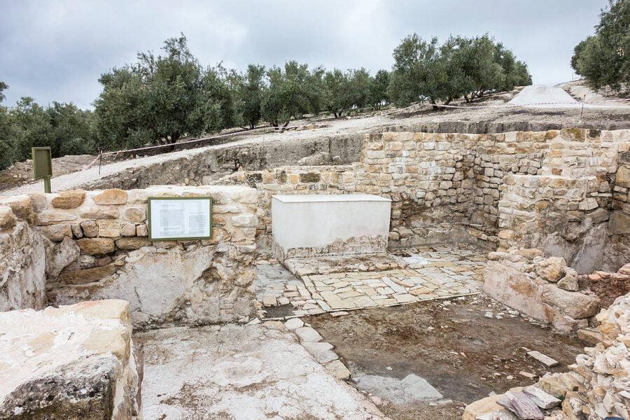 Parque arqueológico de Torreparedones en Baena