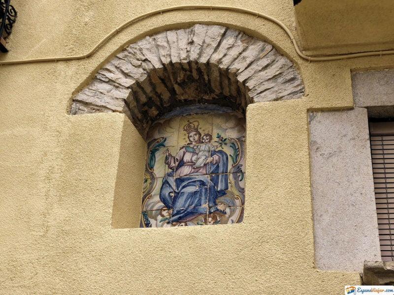 Virgen en las calles de Castellfort