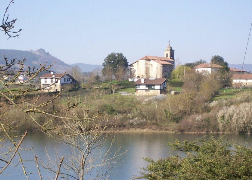 Iglesia de Aozaratza