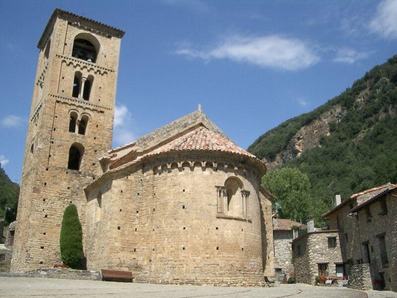 Iglesia de San Cristóbal. Beget. Girona.