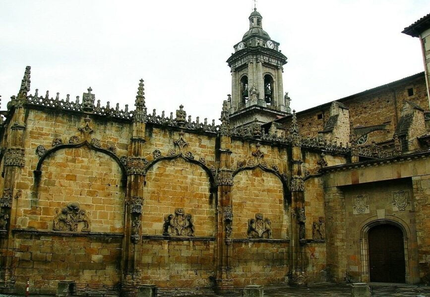 Iglesia de San Miguel Arcángel en Oñate