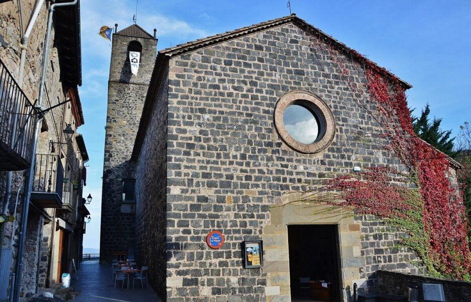 Iglesia de San Salvador de Castellfollit de la Roca