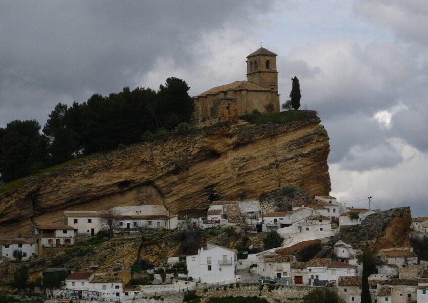 Antiguo castillo y fortaleza en Montefrío