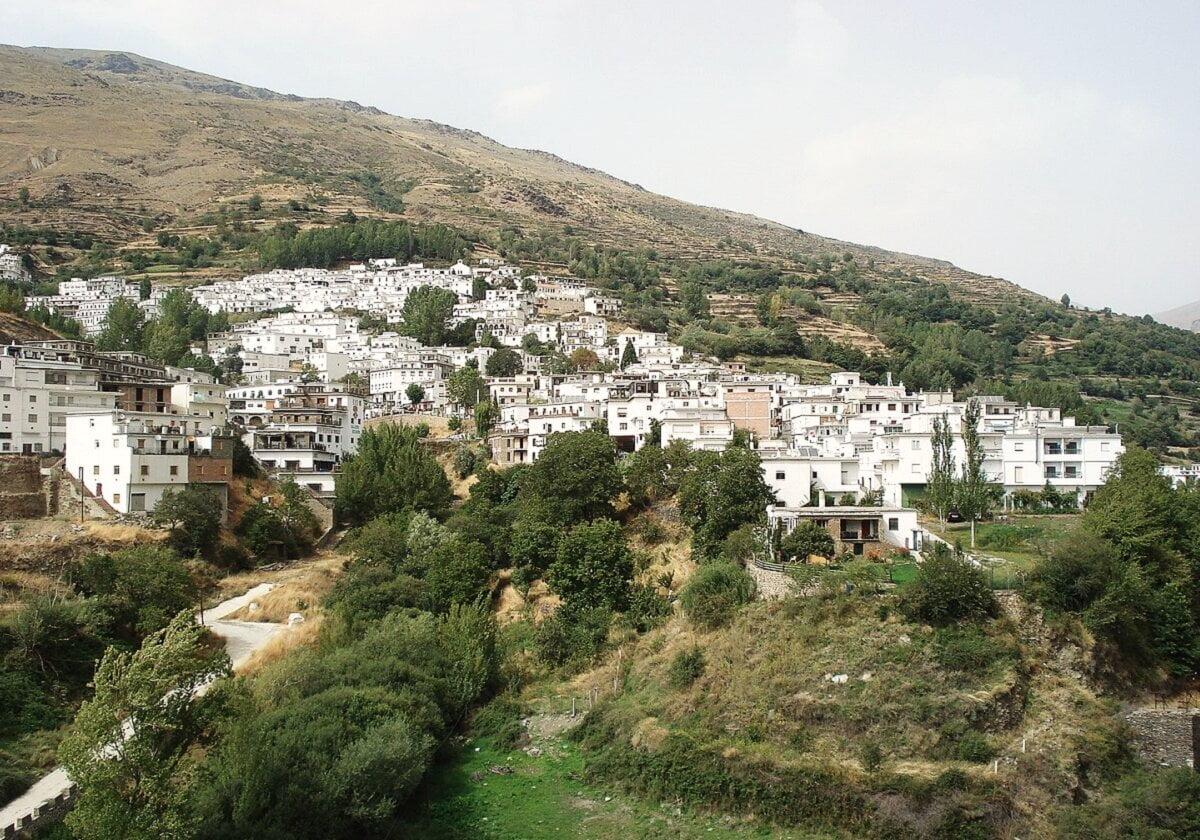 TREVÉLEZ-Pueblos mas bonitos de Granada